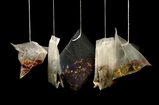 Hanging tea bags image